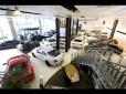 bond cars ARENA の店舗画像