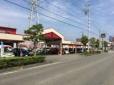 セダン・ハイブリッドセダン店 の店舗画像