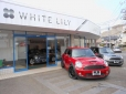 White Lily の店舗画像