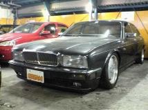 デイムラー XJ6