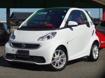 フォーツーエレクトリックドライブ エディション ホワイト EV ワンオーナー 禁煙車