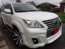 LX 570 4WD