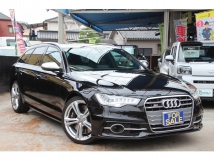 S6アバント 4.0 4WD 黒本革 パノラマルーフ