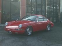 912 水平対向四気筒エンジン ディーラー車