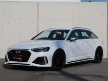 RS4アバント 2.9 4WD RS デザインパッケージ レッド 20インチAW