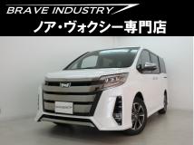ノア 2.0 Si WxBIII 新車7人ハ-フレザ-衝突防止ブレ-キ両電スラ