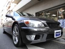 アルテッツァ 2.0 RS200 Zエディション 1オーナー ビルトインガレージ保管禁煙車
