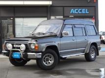 サファリ 4.2 エクストラハイルーフグランロード ディーゼル 4WD