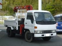 デルタトラック 4WD 3段クレーン フックイン2.3t吊