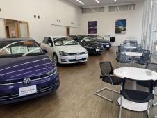 フォルクスワーゲンジャパン販売(株) Volkswagen港北 認定中古車センターの店舗画像