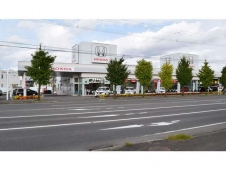 Honda Cars 北海道 ツインハープ旭神店(認定中古車取扱店)の店舗画像