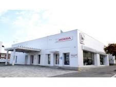 Honda Cars 北海道 月寒羊ケ丘店(認定中古車取扱店)の店舗画像