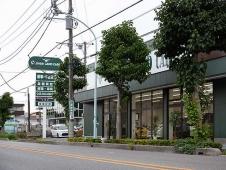 クローバーランドカーズ ショールームの店舗画像